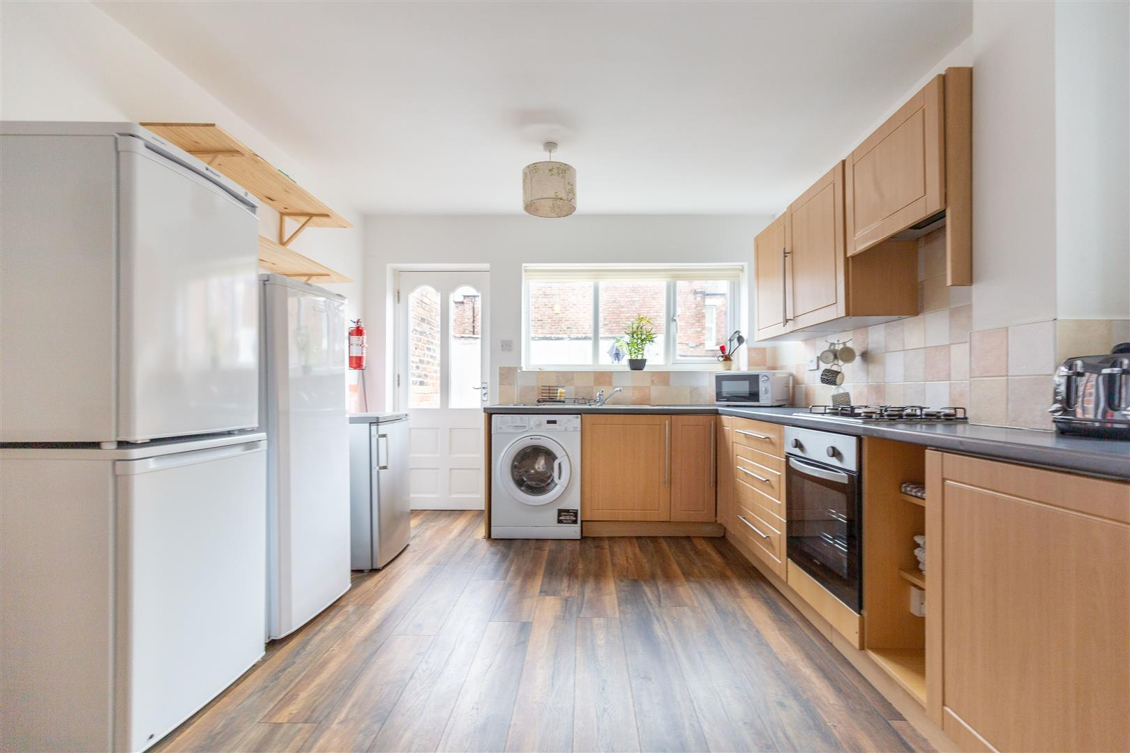 6 bed terraced house to rent in Newcastle Upon Tyne, NE6 5LR  - Property Image 5