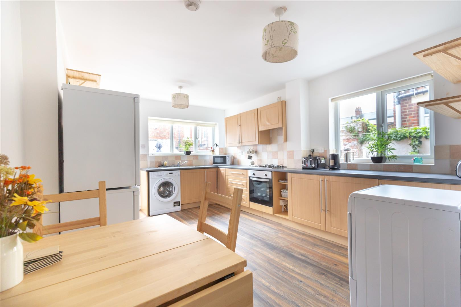 6 bed terraced house to rent in Newcastle Upon Tyne, NE6 5LR  - Property Image 4