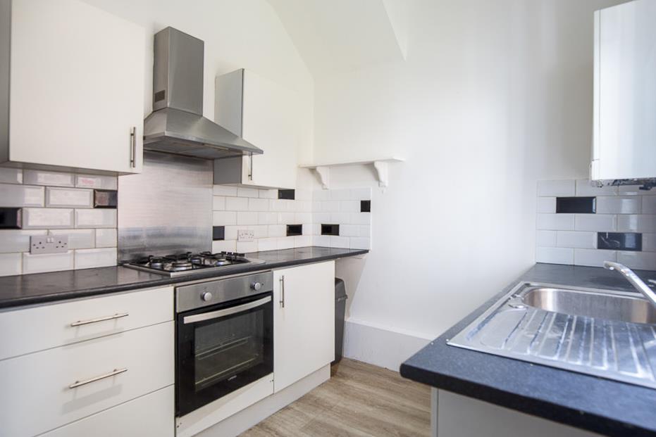 2 bed flat to rent in Warton Terrace, Heaton, NE6