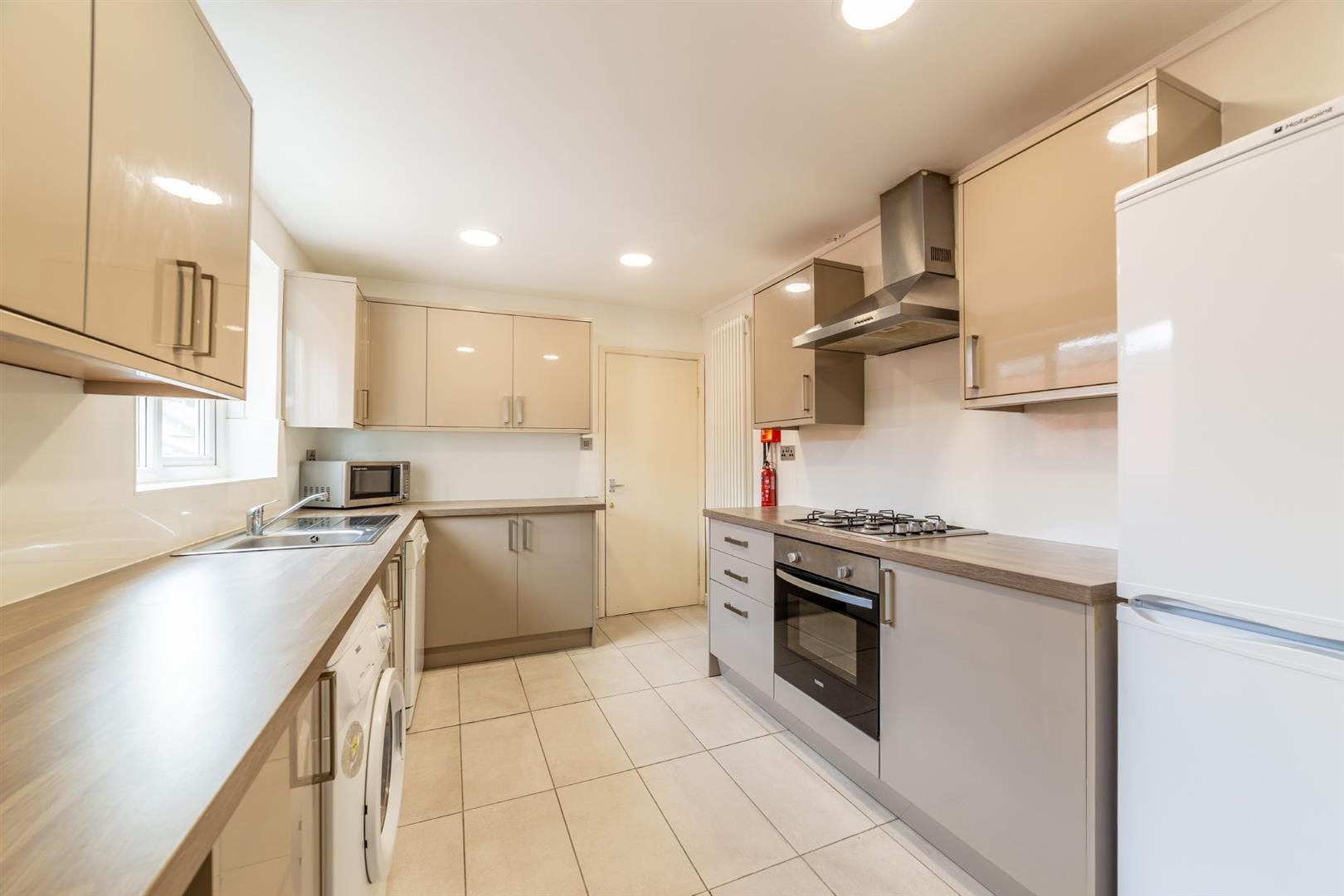 3 bed flat to rent in Ancrum Street, Spital Tongues, NE2