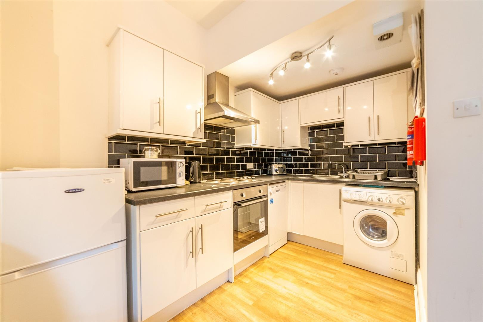 3 bed flat to rent in Newcastle Upon Tyne, NE2 1PN, NE2