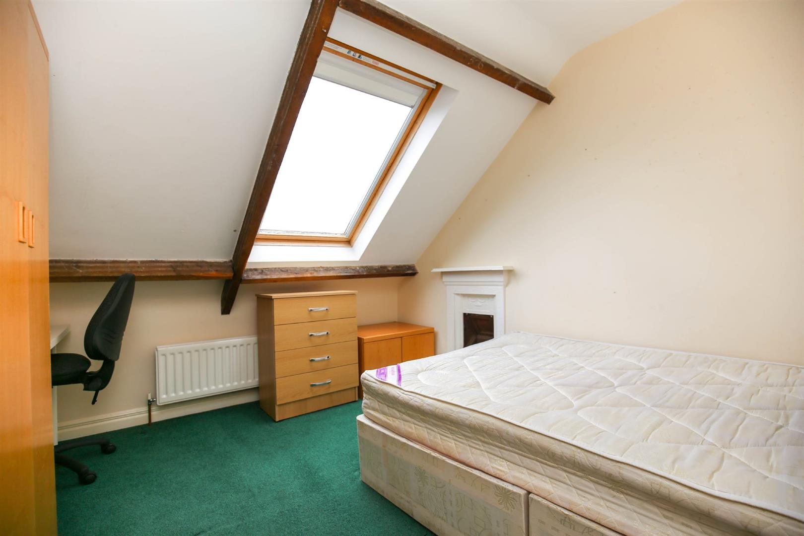 8 bed end of terrace house to rent in Queens Terrace, Jesmond  - Property Image 13