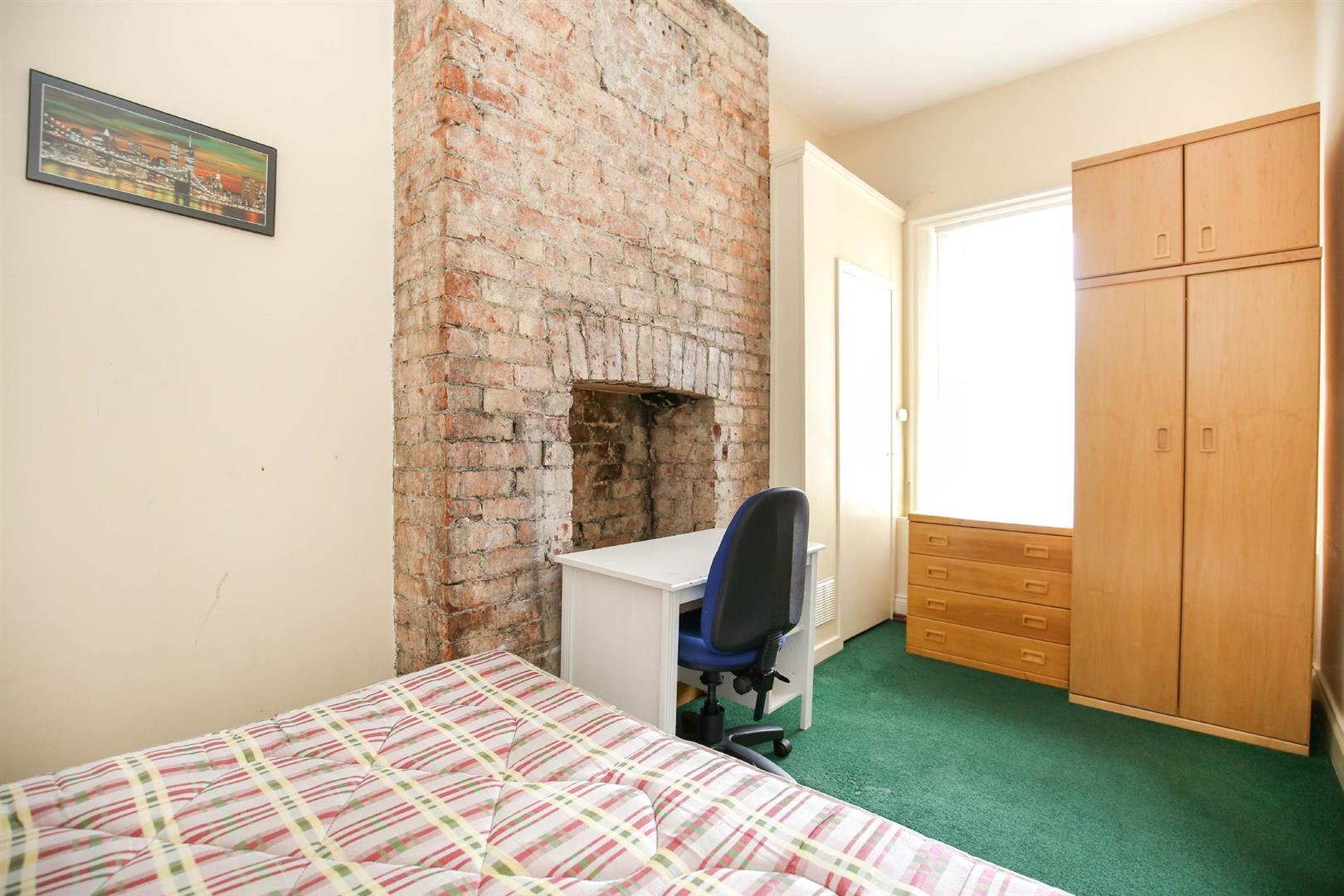 8 bed end of terrace house to rent in Queens Terrace, Jesmond  - Property Image 6