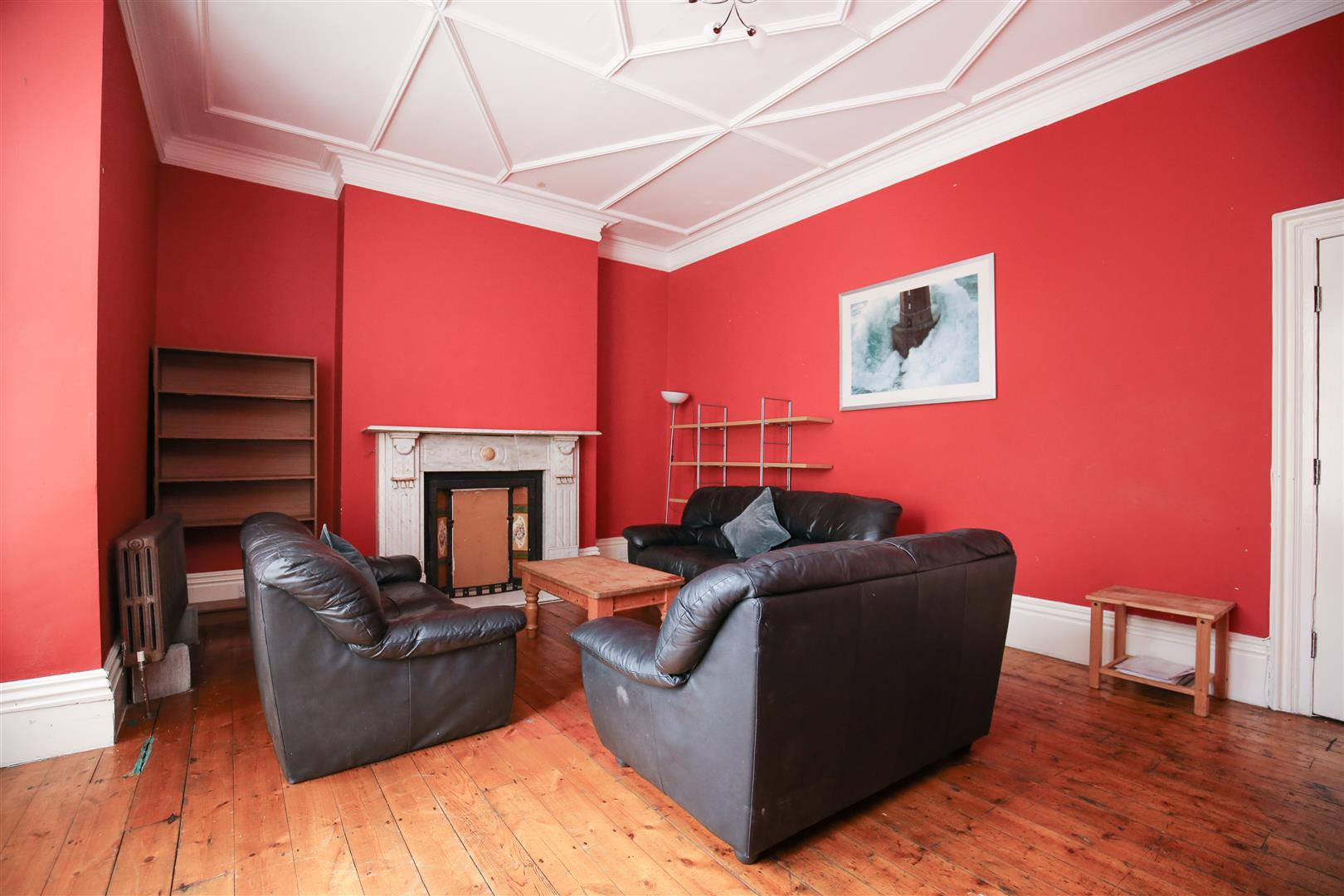 8 bed end of terrace house to rent in Queens Terrace, Jesmond - Property Image 1
