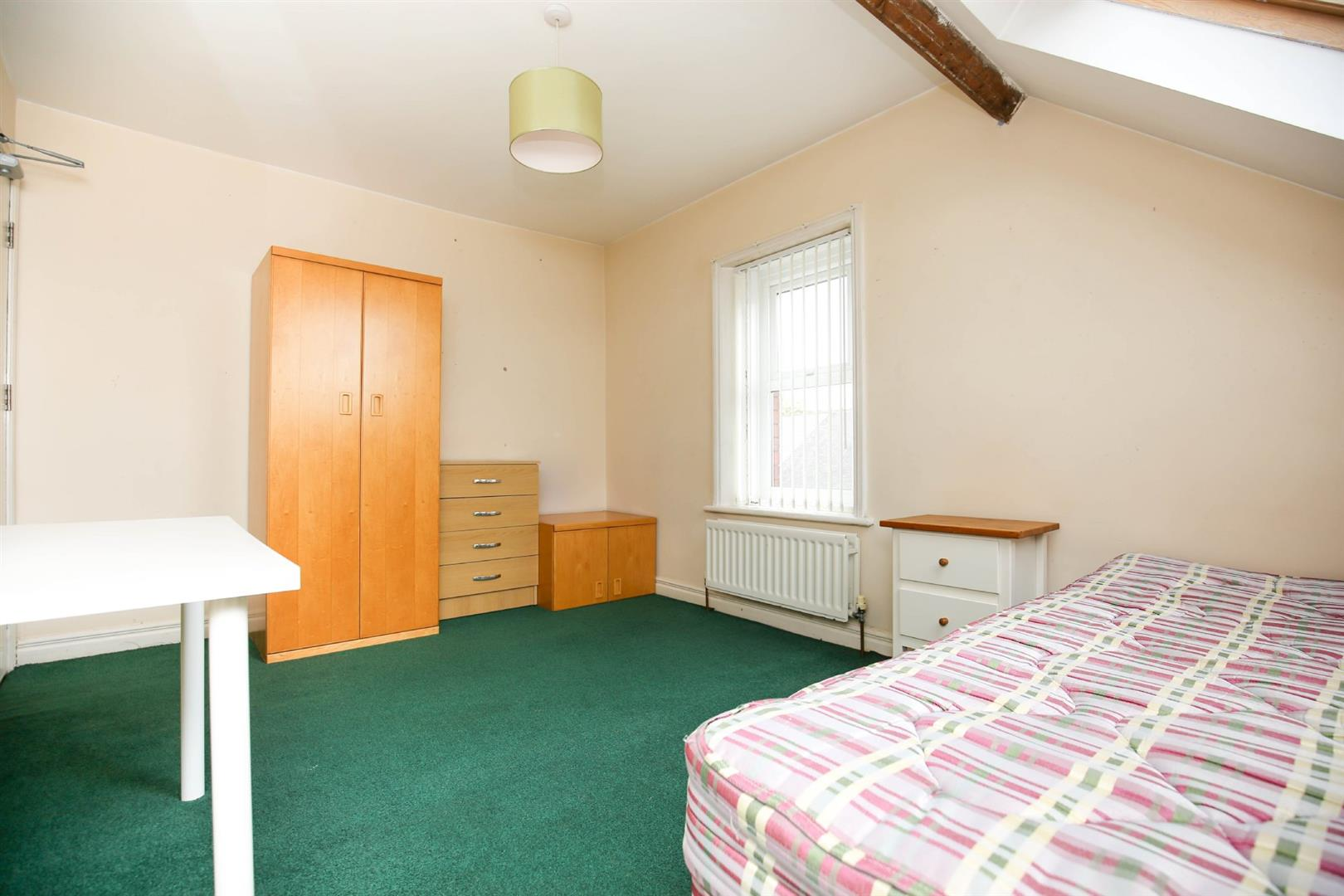 8 bed end of terrace house to rent in Queens Terrace, Jesmond  - Property Image 12