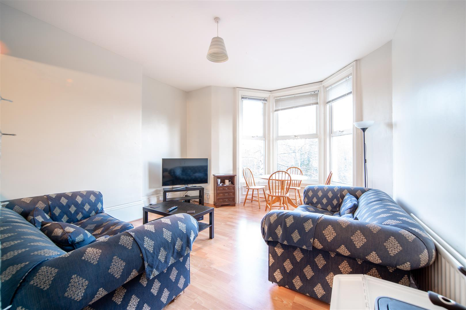 4 bed flat to rent in Newcastle Upon Tyne, NE2 4RL, NE2