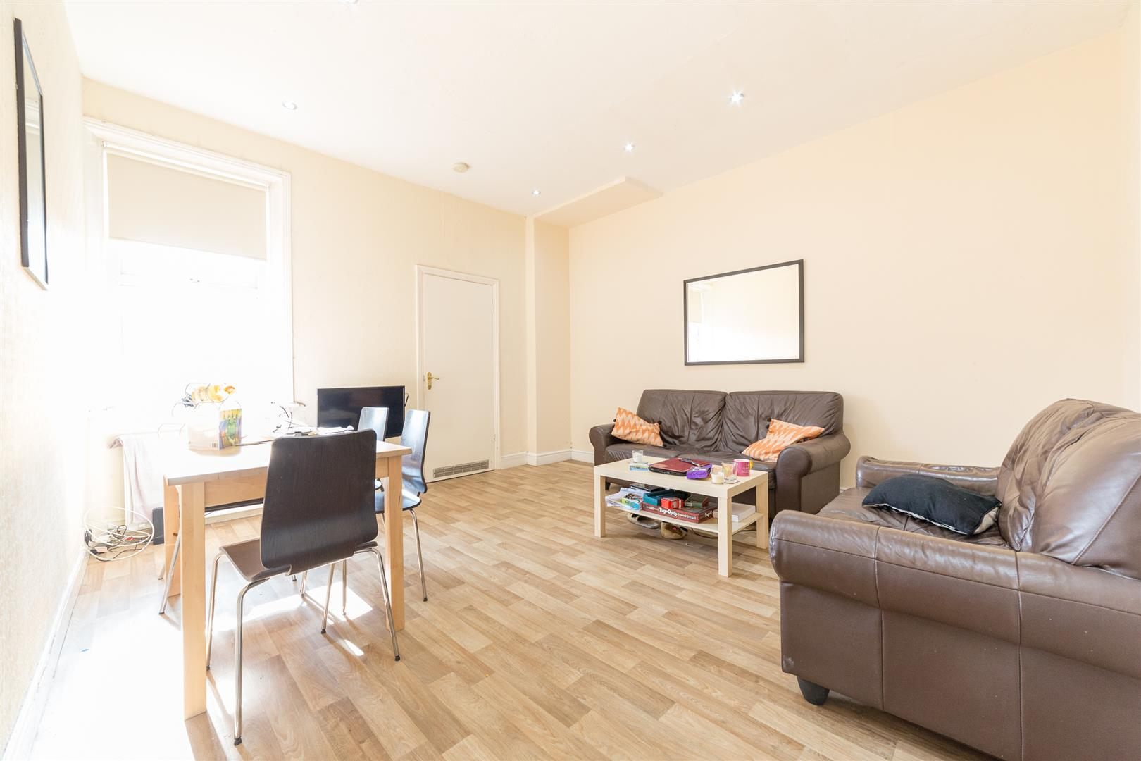 3 bed flat to rent in Jesmond, NE2 3HR, NE2