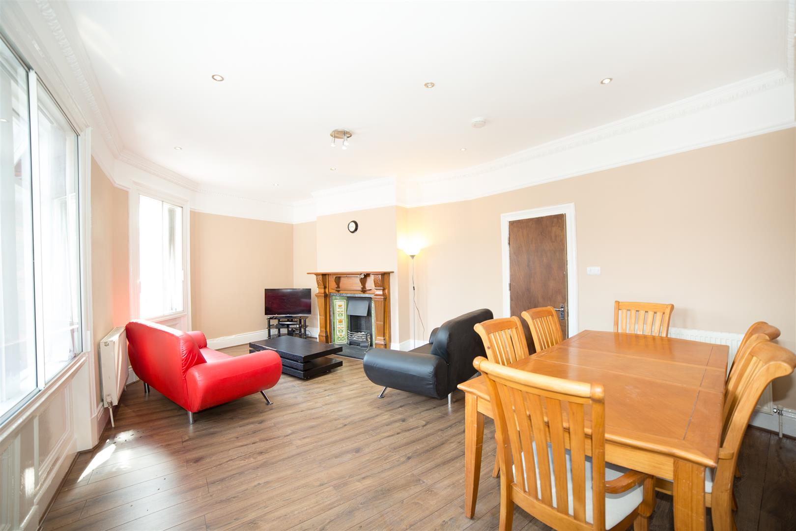 7 bed maisonette to rent in Newcastle Upon Tyne, NE2 1LB 2
