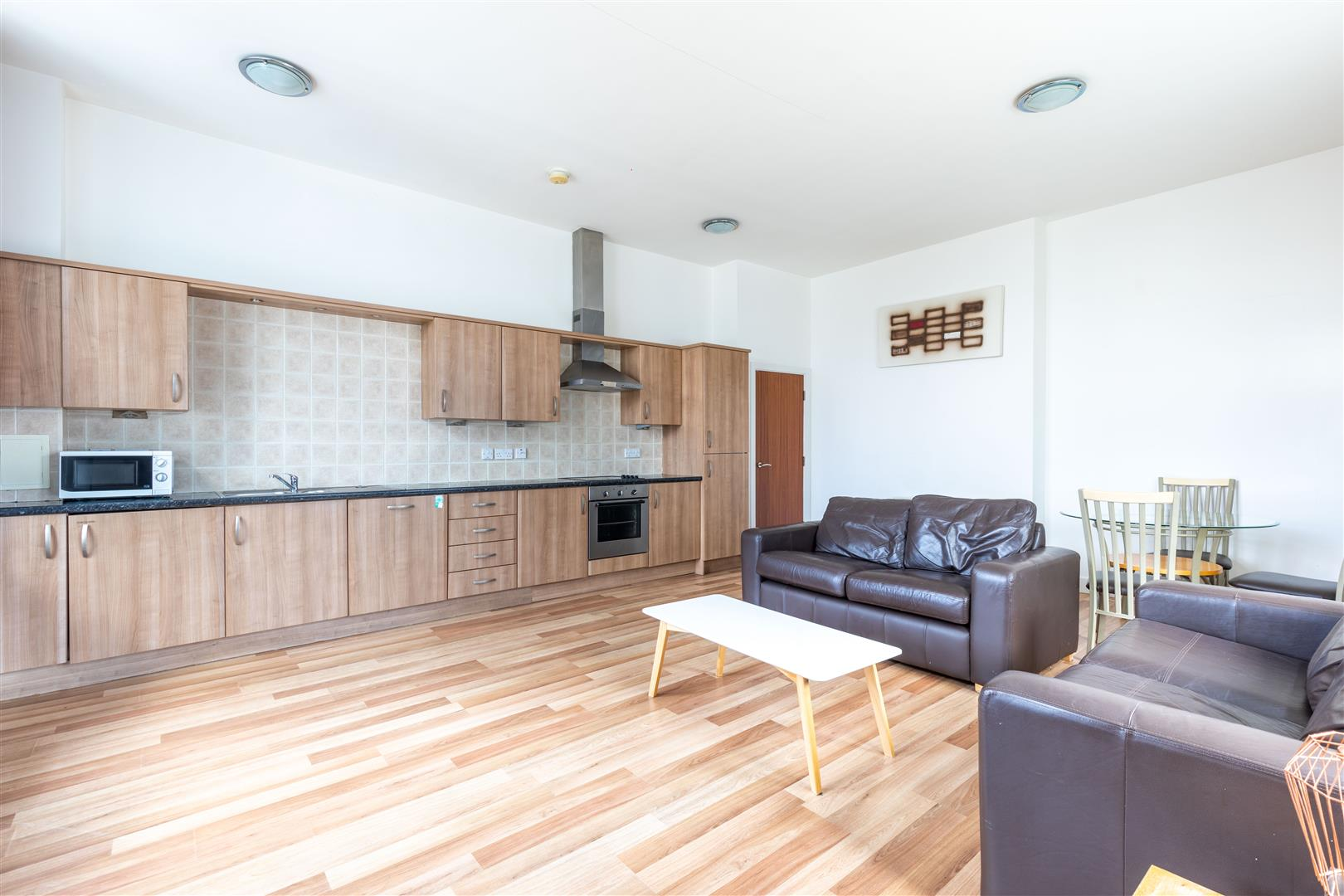 2 bed apartment to rent in Newcastle Upon Tyne, NE1 7DE 0