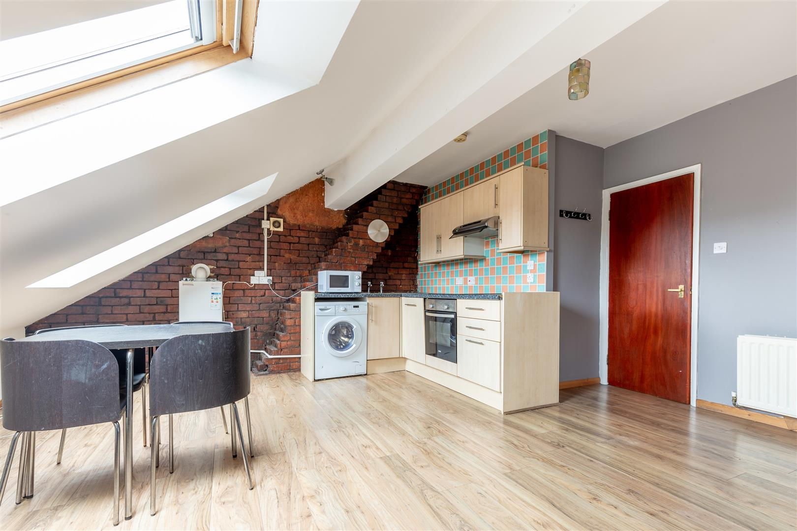 3 bed flat to rent in Newcastle Upon Tyne, NE6 5SX  - Property Image 1