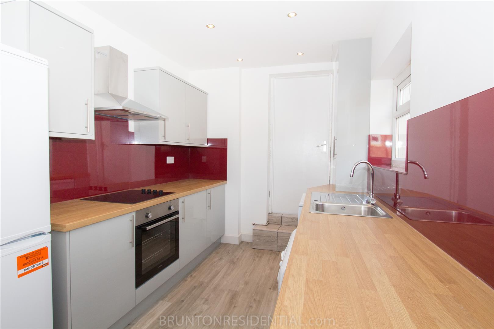 4 bed maisonette to rent in Newcastle Upon Tyne, NE6 5LU, NE6