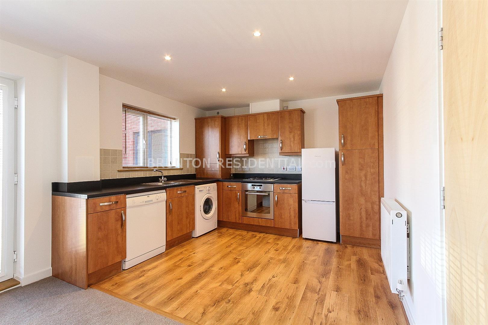 2 bed apartment to rent in St Michaels Vale, Hebburn, NE31