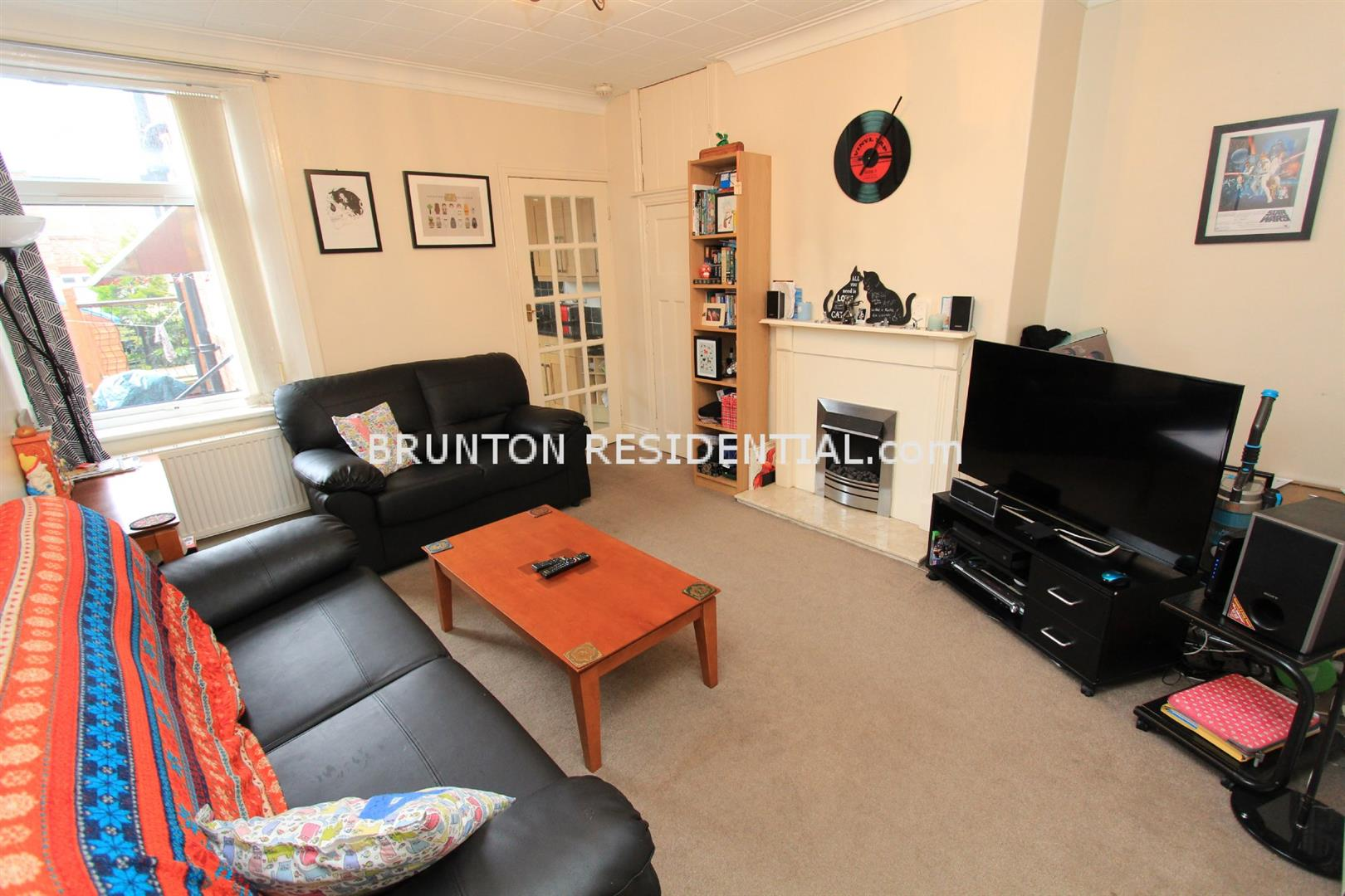 2 bed flat to rent in Newcastle Upon Tyne, NE6 5DE - Property Image 1