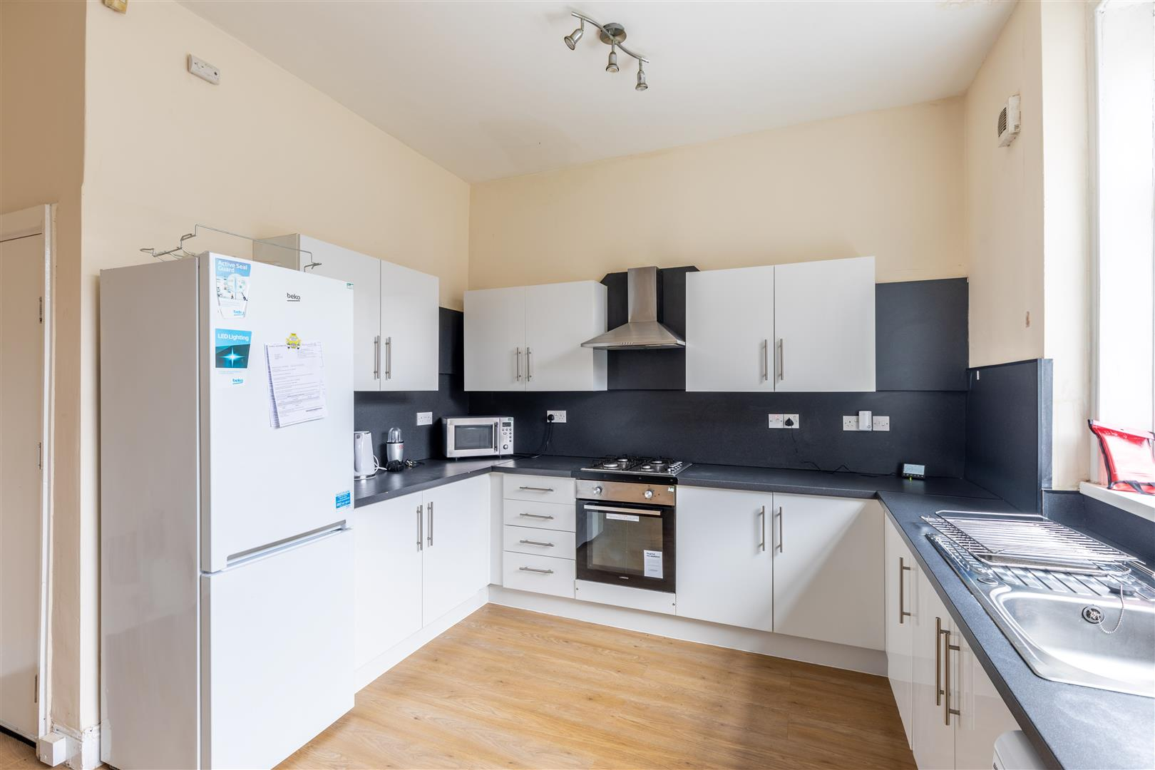 5 bed terraced house to rent in Newcastle Upon Tyne, NE6 5BT 6
