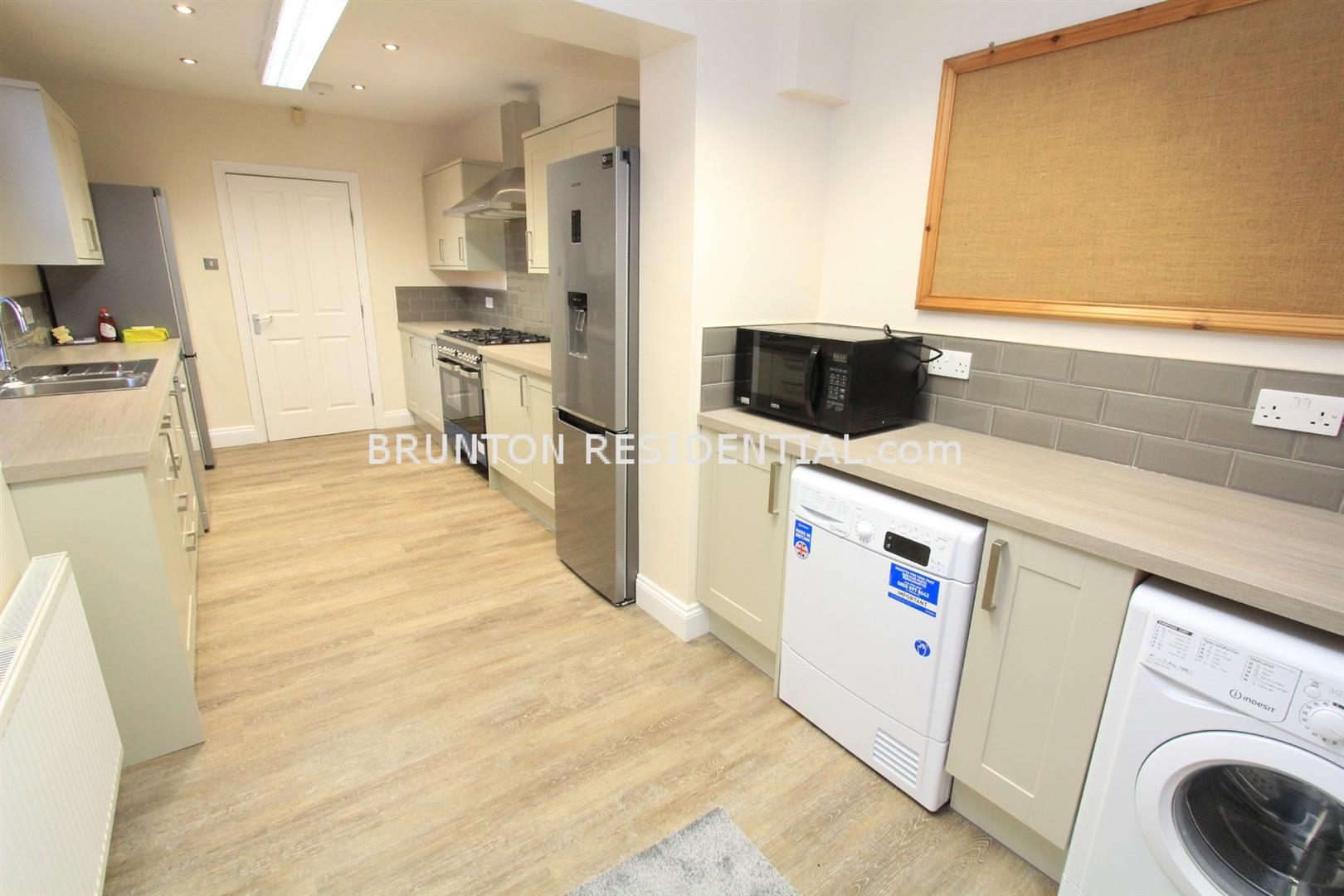 1 bed house share to rent in Roxburgh Place, Heaton - Property Image 1