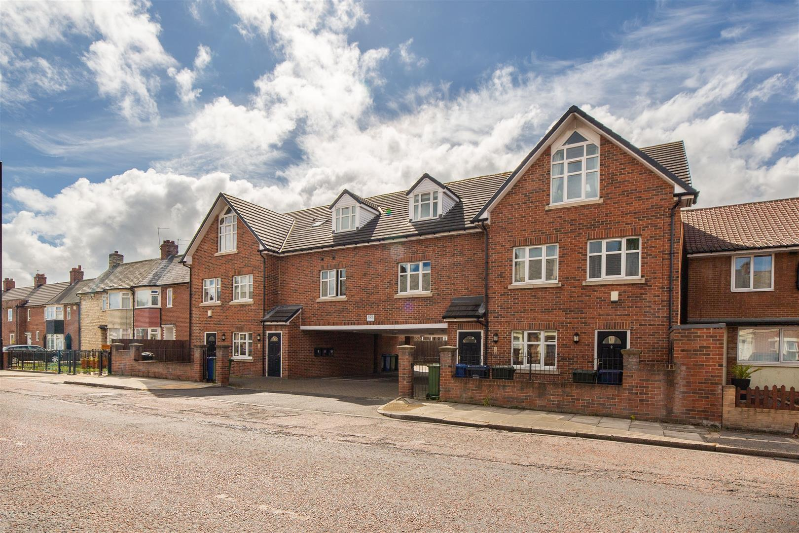 2 bed apartment to rent in Walker, NE6 4JS  - Property Image 1