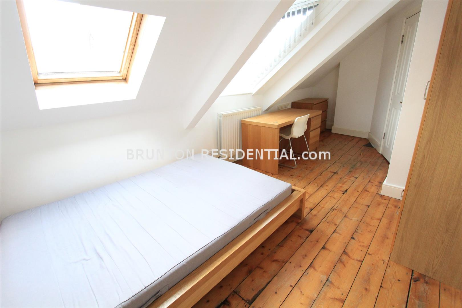 6 bed terraced house to rent in Claremont Street, Spital Tongues 4