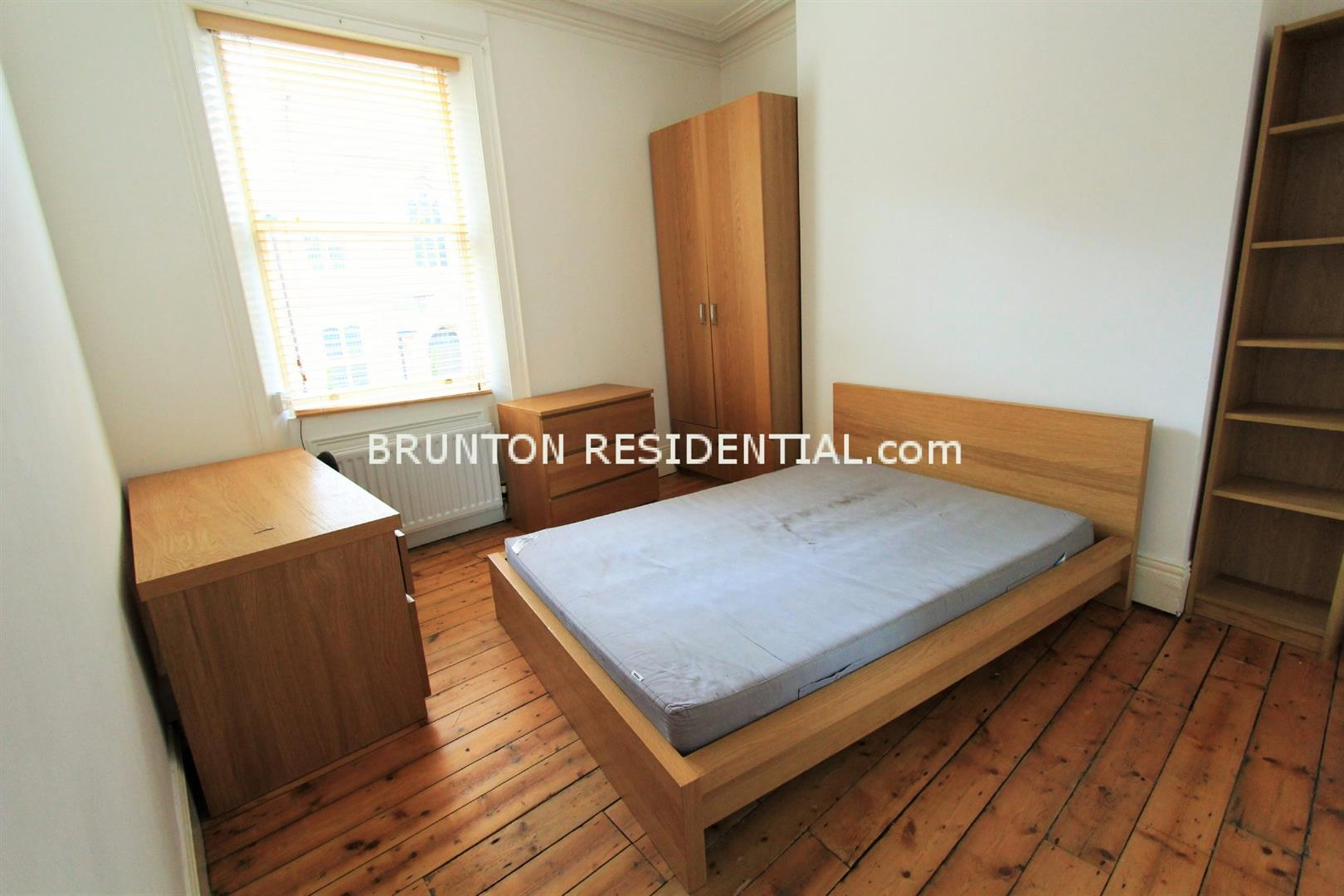 6 bed terraced house to rent in Claremont Street, Spital Tongues 6
