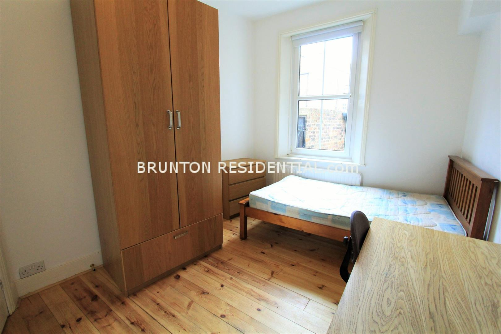 6 bed terraced house to rent in Claremont Street, Spital Tongues 3