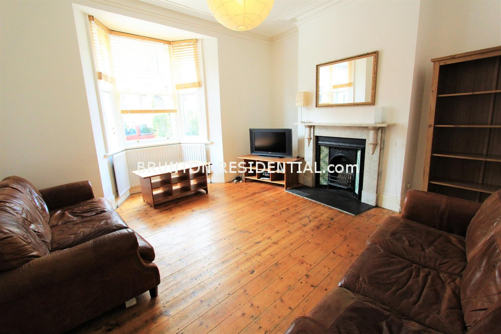 6 bed terraced house to rent in Claremont Street, Spital Tongues  - Property Image 1