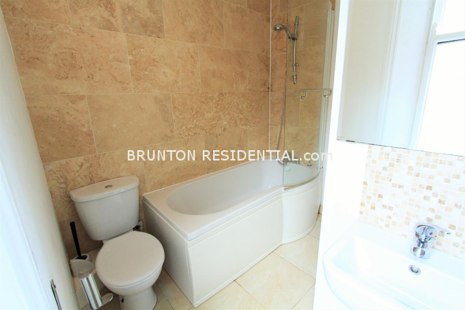 6 bed terraced house to rent in Claremont Street, Spital Tongues 12