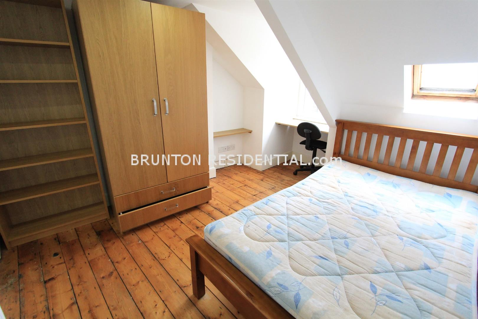 6 bed terraced house to rent in Claremont Street, Spital Tongues 8