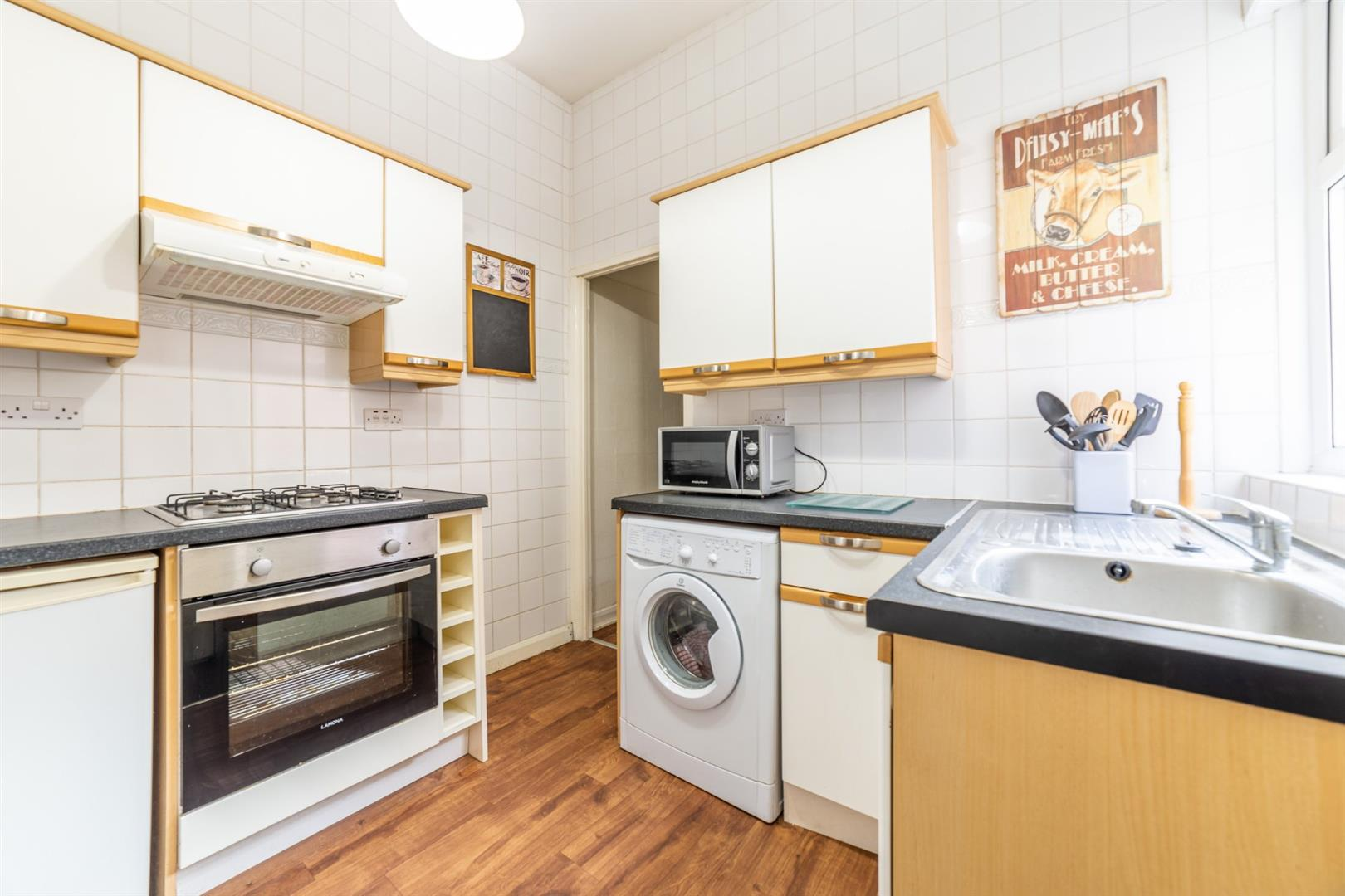 3 bed flat to rent in Newcastle Upon Tyne, NE6 5TA  - Property Image 2