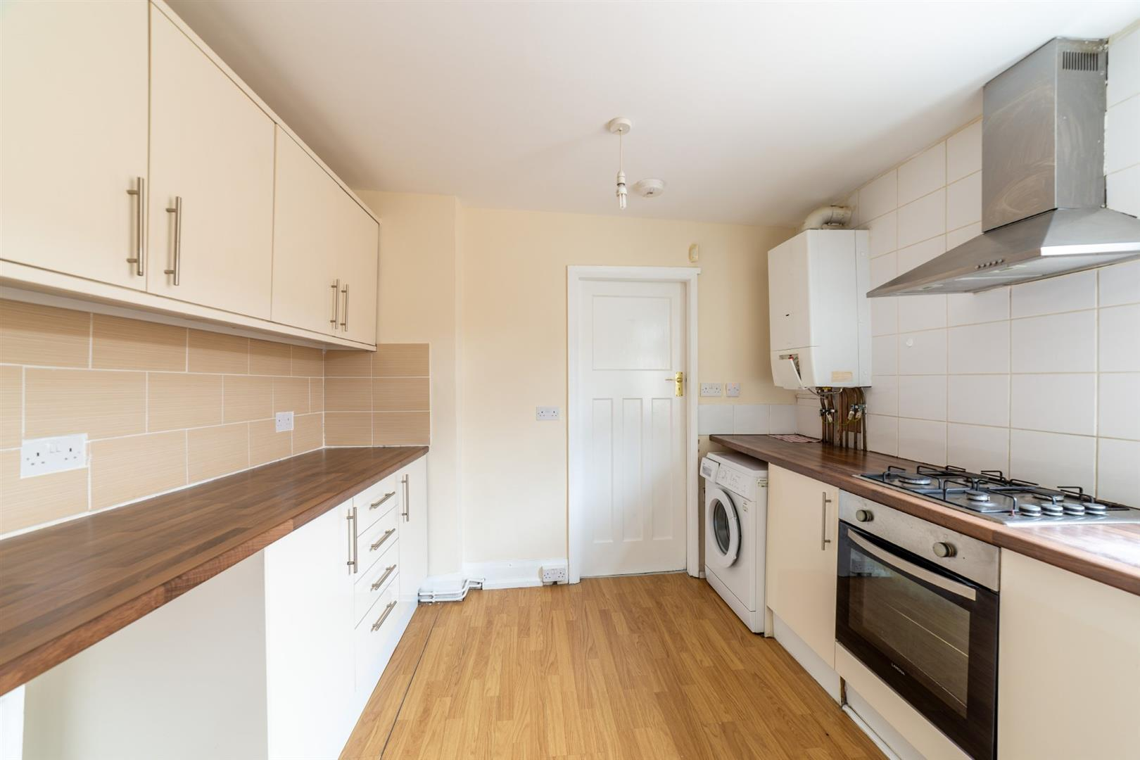 3 bed flat to rent in Newcastle Upon Tyne, NE2 2JS - Property Image 1