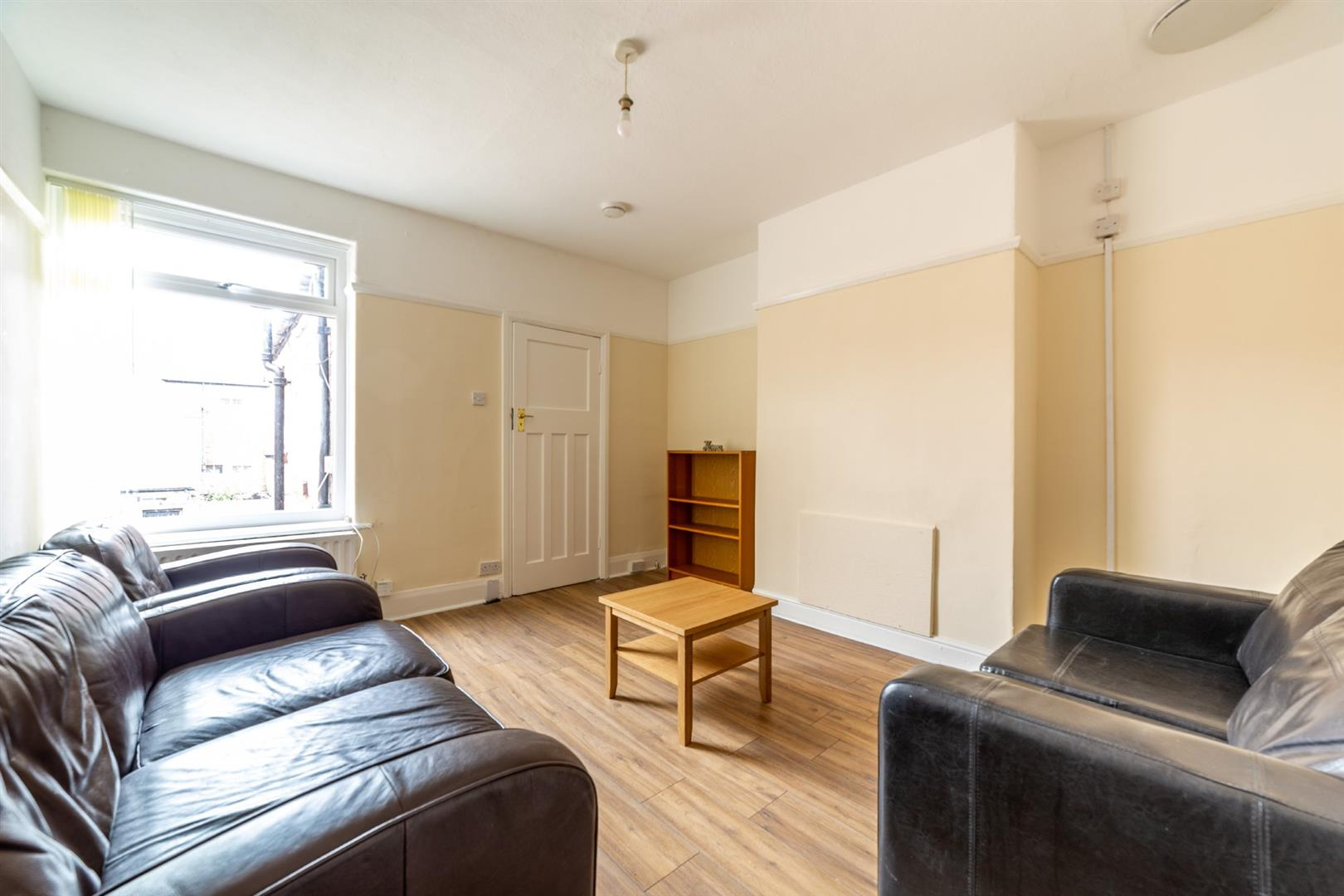 3 bed flat to rent in Newcastle Upon Tyne, NE2 2JS  - Property Image 4