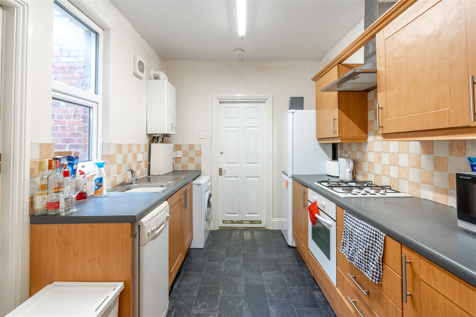 3 bed flat to rent in Tavistock Road, Jesmond, NE2