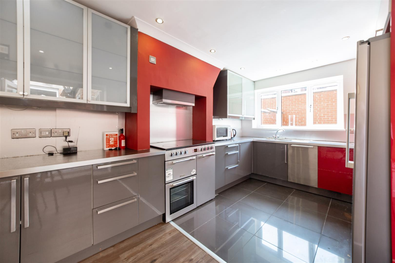 7 bed terraced house to rent in Mayfair Road, Jesmond  - Property Image 3