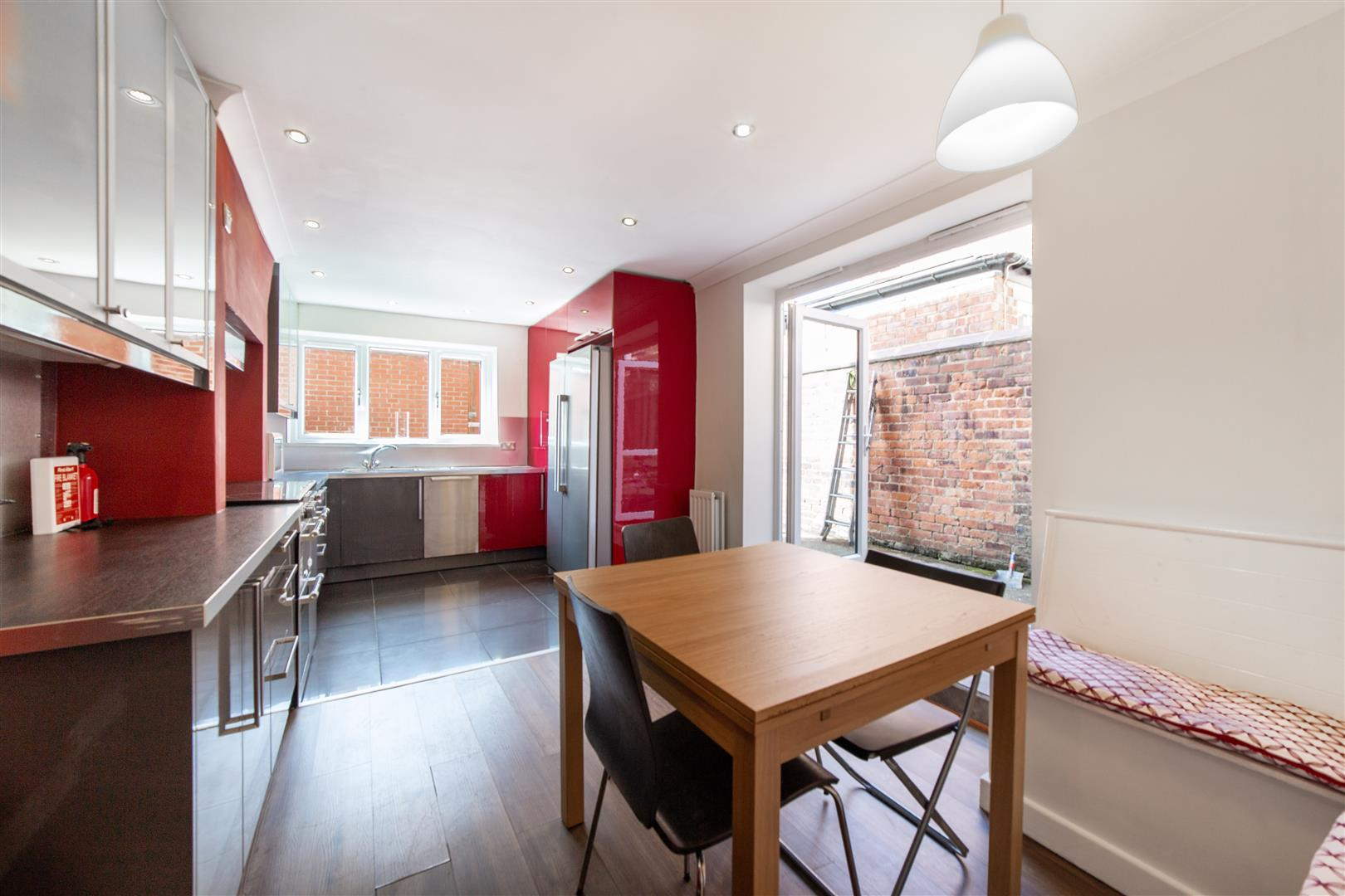 7 bed terraced house to rent in Mayfair Road, Jesmond  - Property Image 2