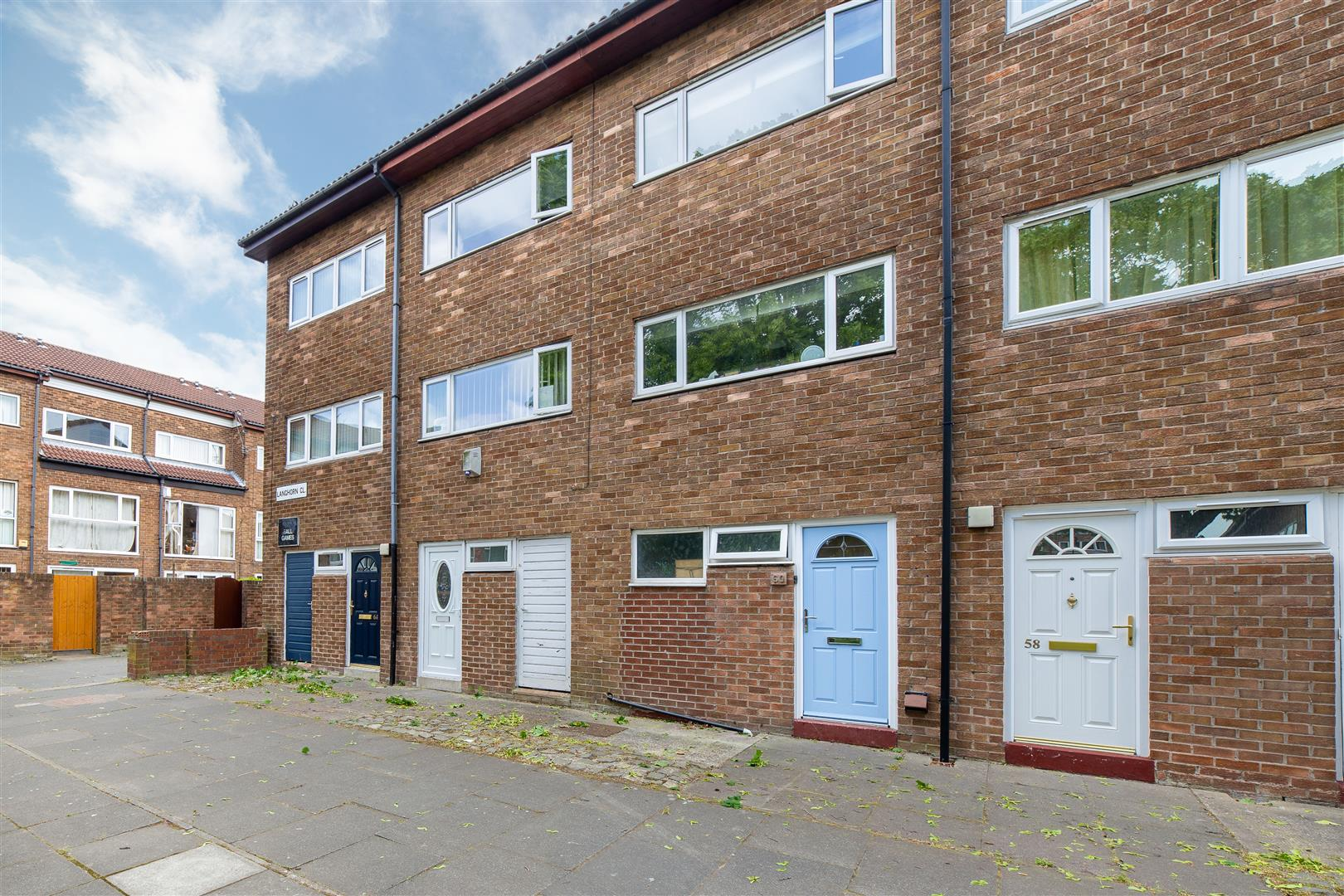 3 bed town house for sale in Newcastle Upon Tyne, NE6 1XL  - Property Image 1