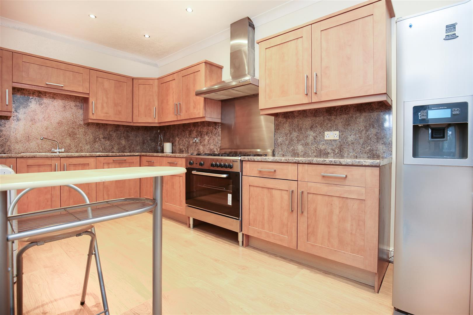2 bed apartment to rent in Belle Grove Terrace, Spital Tongues, NE2