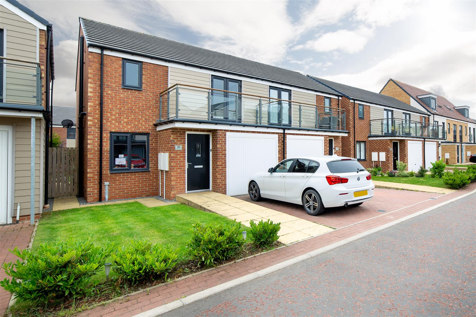 3 bed semi-detached house for sale in Newcastle Upon Tyne, NE13 9DN  - Property Image 1