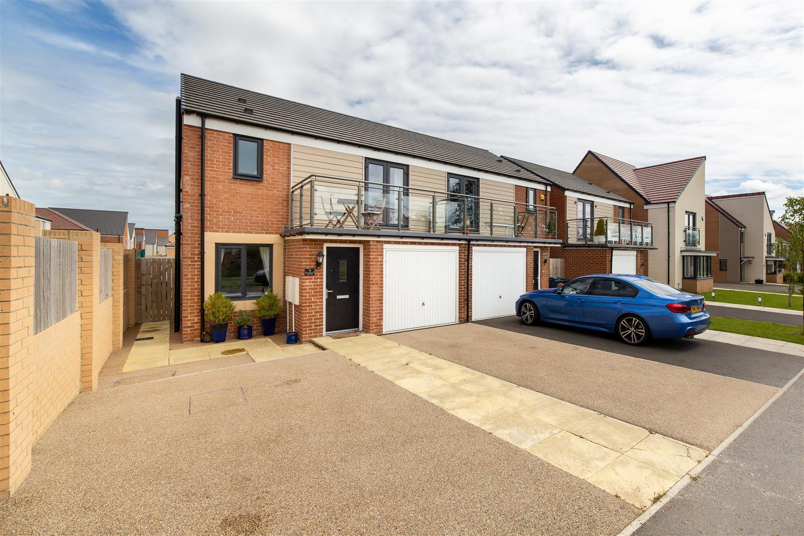 3 bed semi-detached house for sale in Newcastle Upon Tyne, NE13 9DQ - Property Image 1