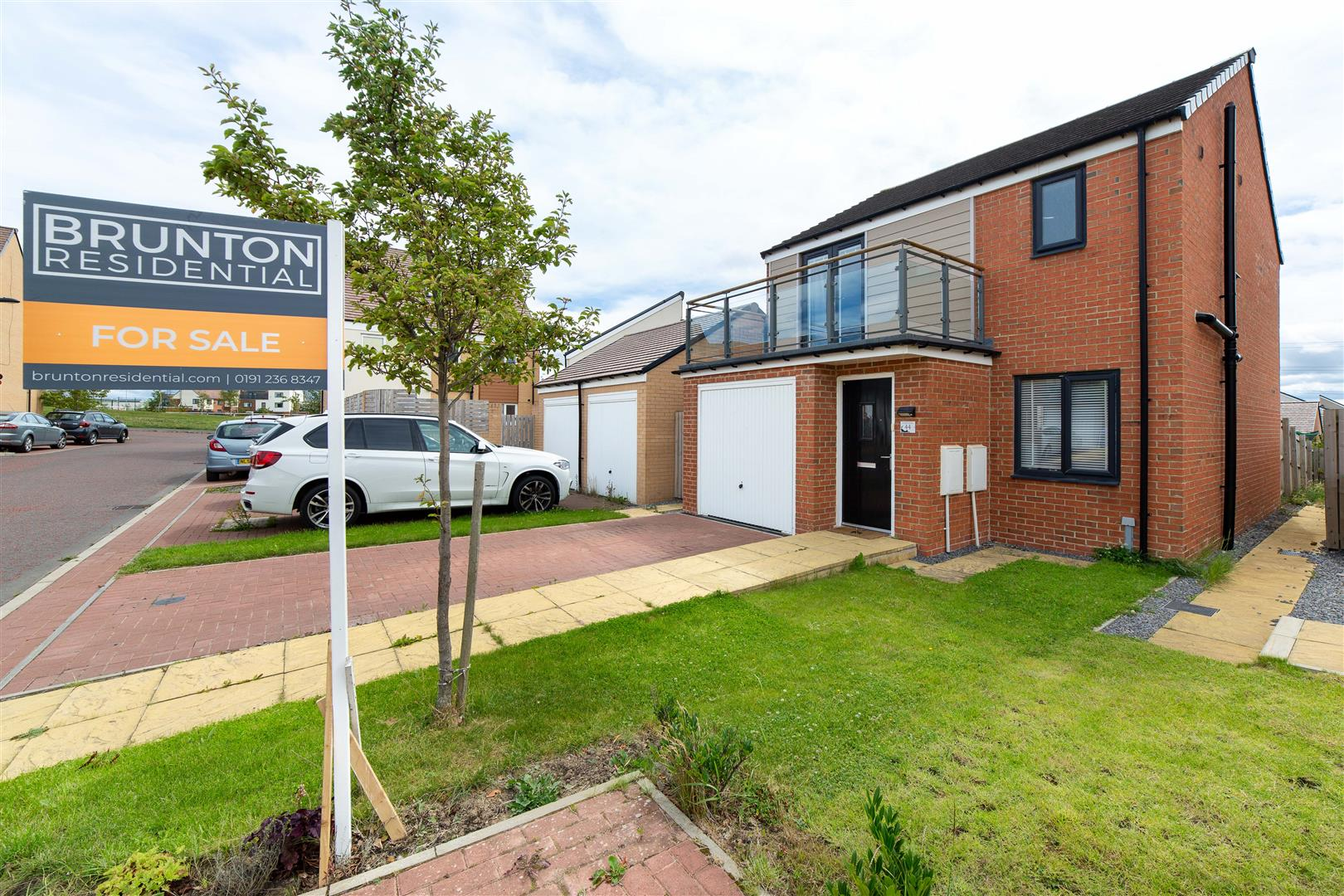 3 bed detached house for sale in Newcastle Upon Tyne, NE13 9DN - Property Image 1
