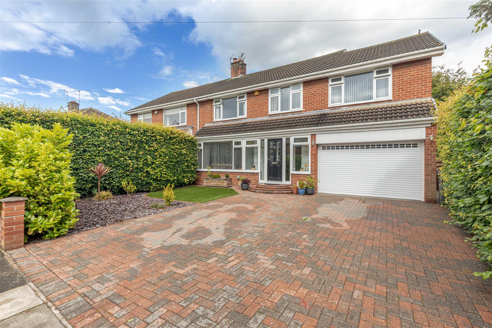 4 bed semi-detached house for sale in Melton Park, NE3 5TB, NE3