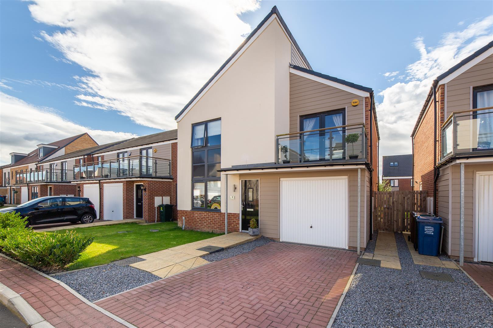 4 bed detached house for sale in Newcastle Upon Tyne, NE13 9DN - Property Image 1