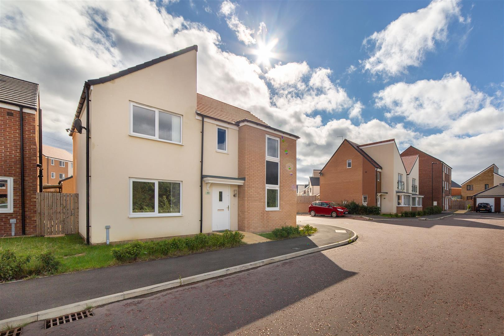 4 bed detached house for sale in Newcastle Upon Tyne, NE13 9DU  - Property Image 1