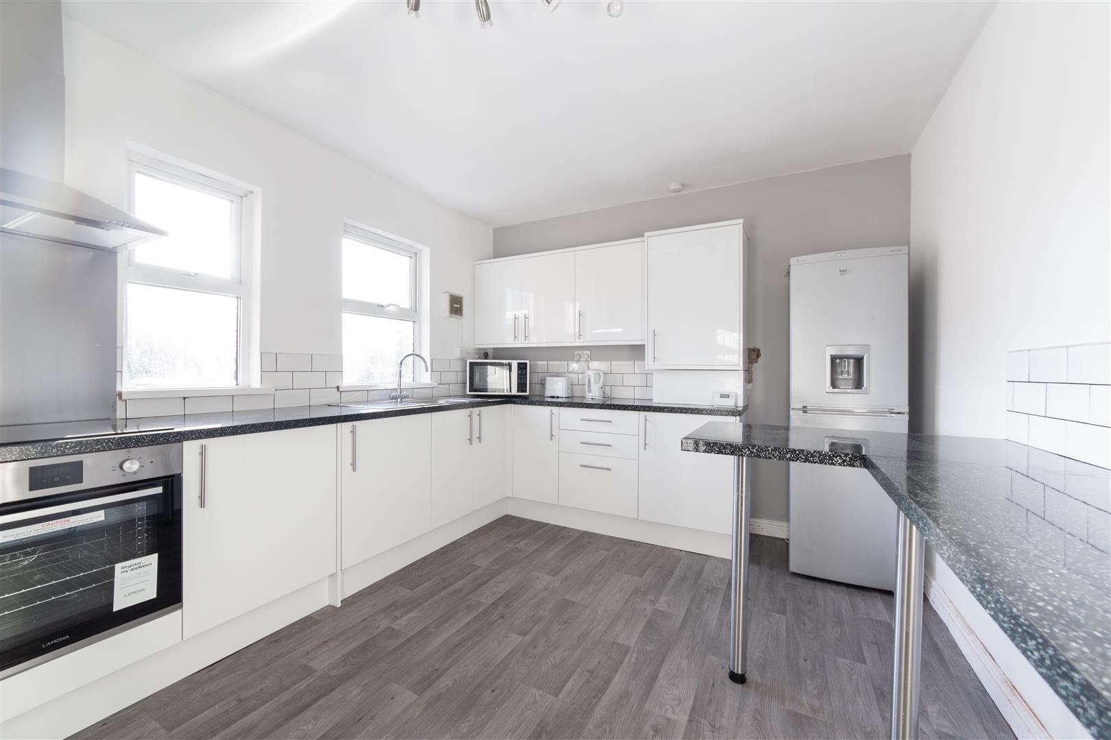 6 bed maisonette to rent in Newcastle Upon Tyne, NE6 5PB, NE6