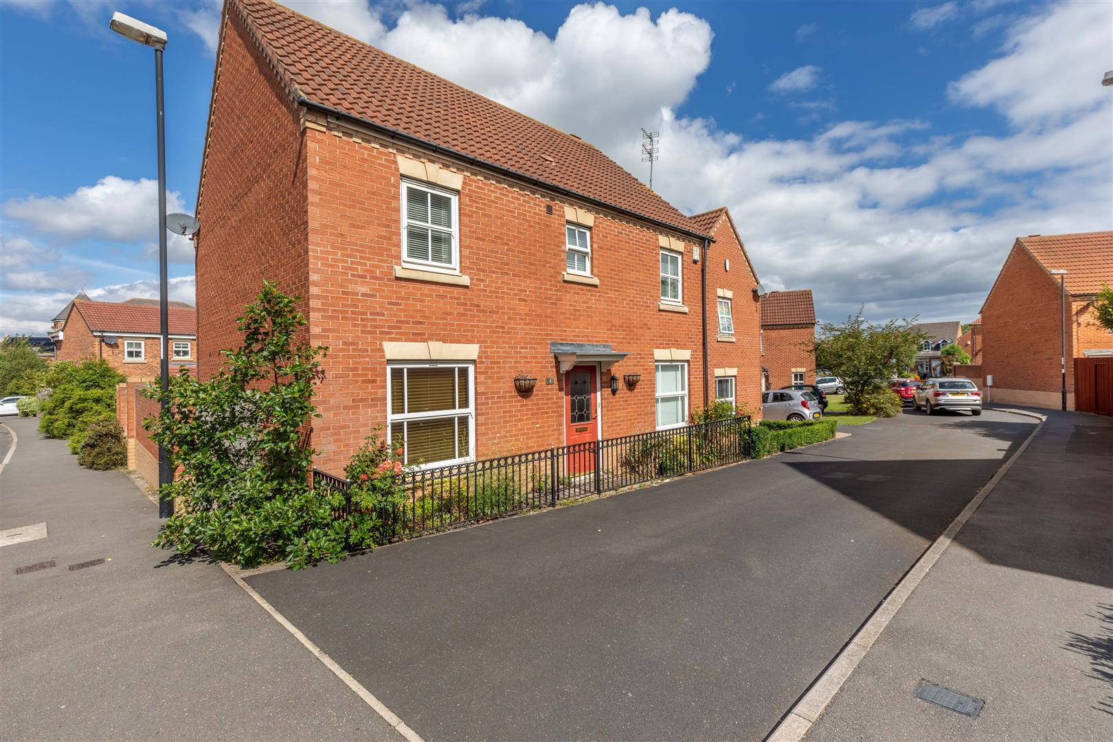 4 bed detached house for sale in Newcastle Upon Tyne, NE27 0RN  - Property Image 1