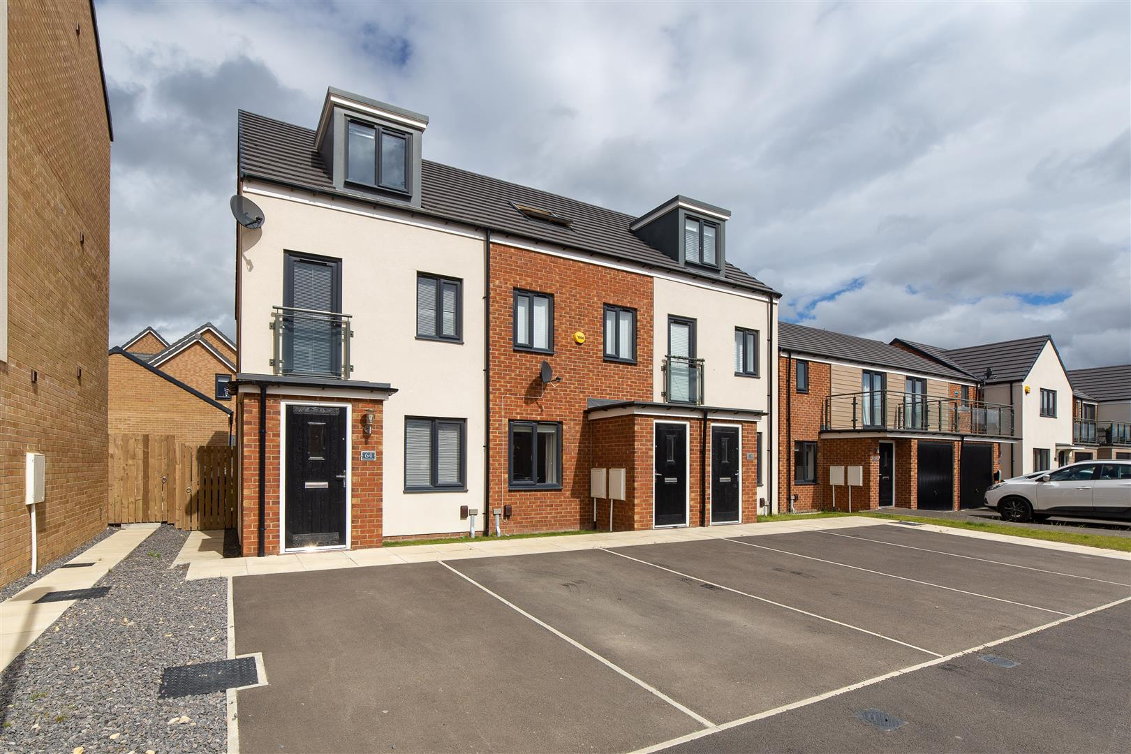 3 bed town house for sale in Orangetip Gardens, Newcastle Upon Tyne - Property Image 1