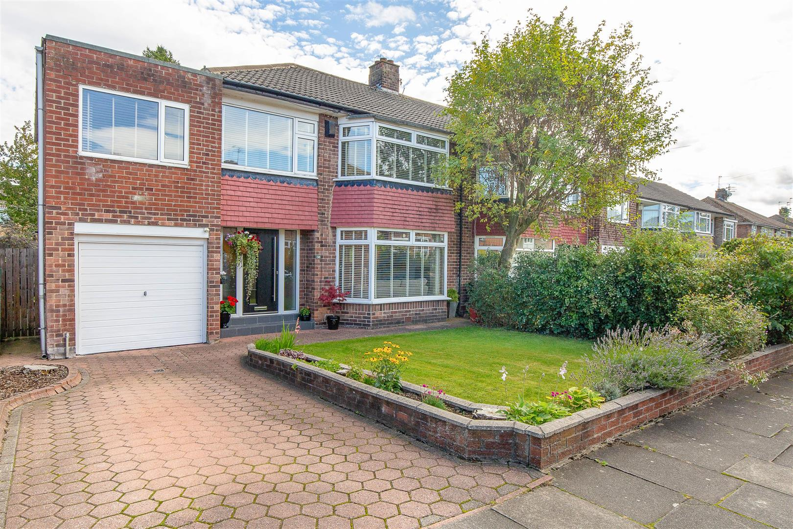 5 bed semi-detached house for sale in Melton Park, NE3 5TB - Property Image 1