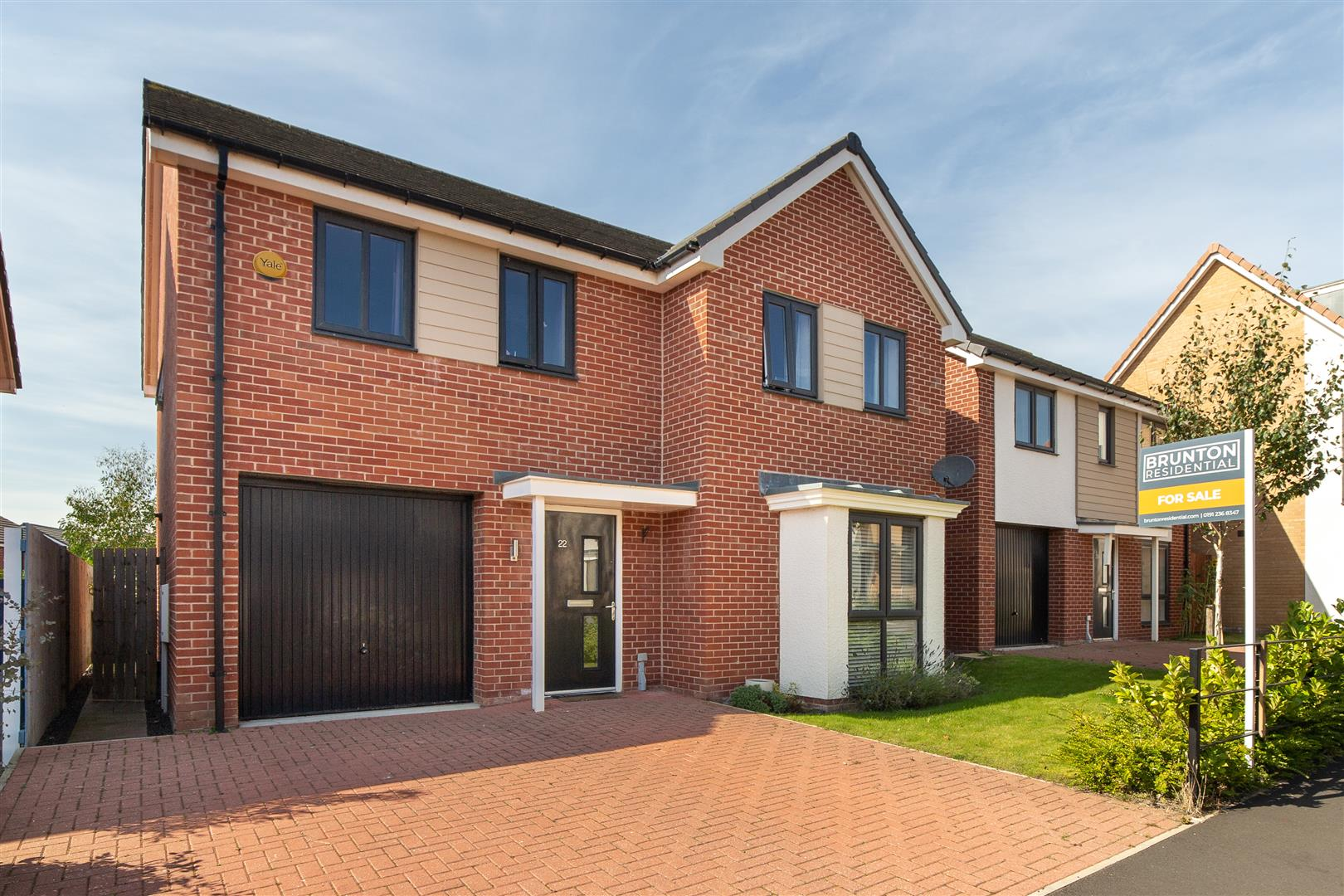 4 bed detached house for sale in Newcastle Upon Tyne, NE13 9BY  - Property Image 1
