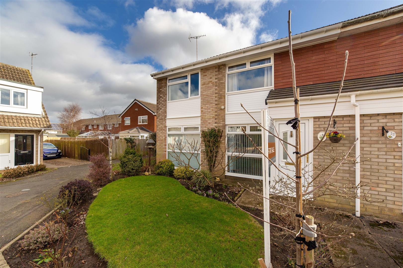 3 bed semi-detached house for sale in Kent Court, Kingston Park - Property Image 1