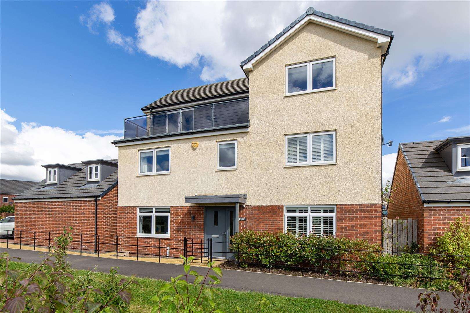 5 bed detached house for sale in Great Park, NE13 9BW, NE13