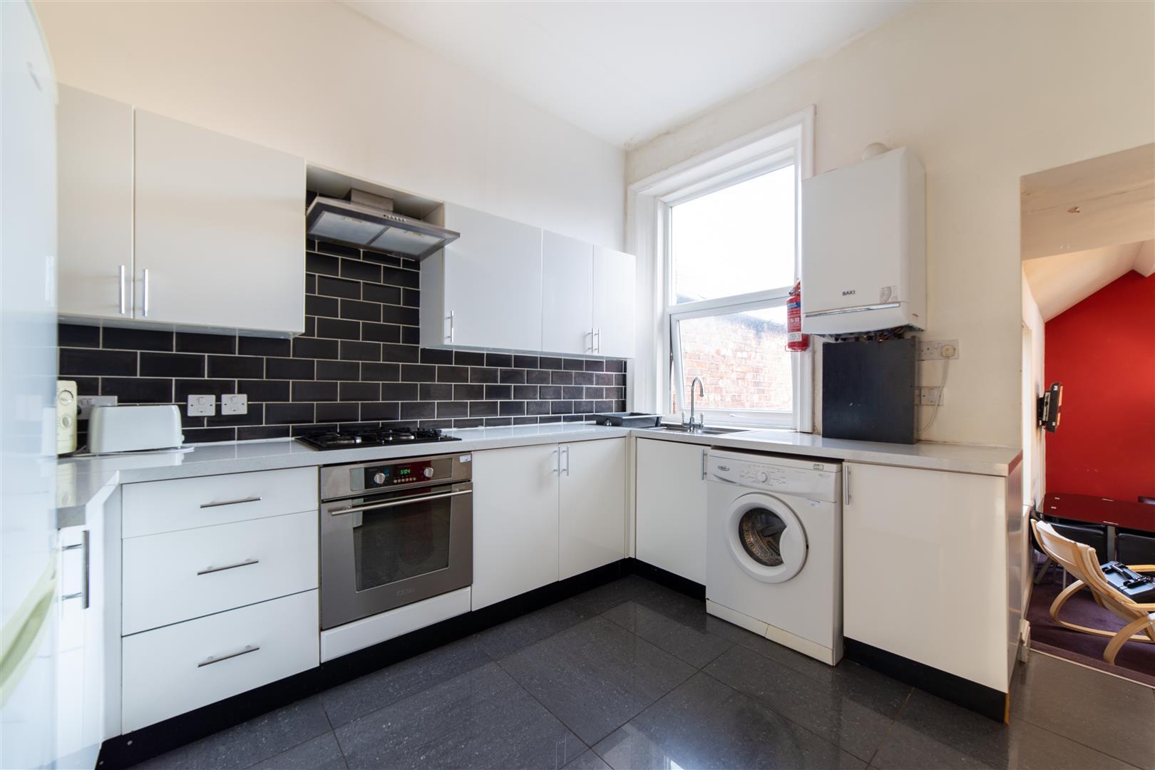 5 bed maisonette to rent in Newcastle Upon Tyne, NE6 5HL, NE6