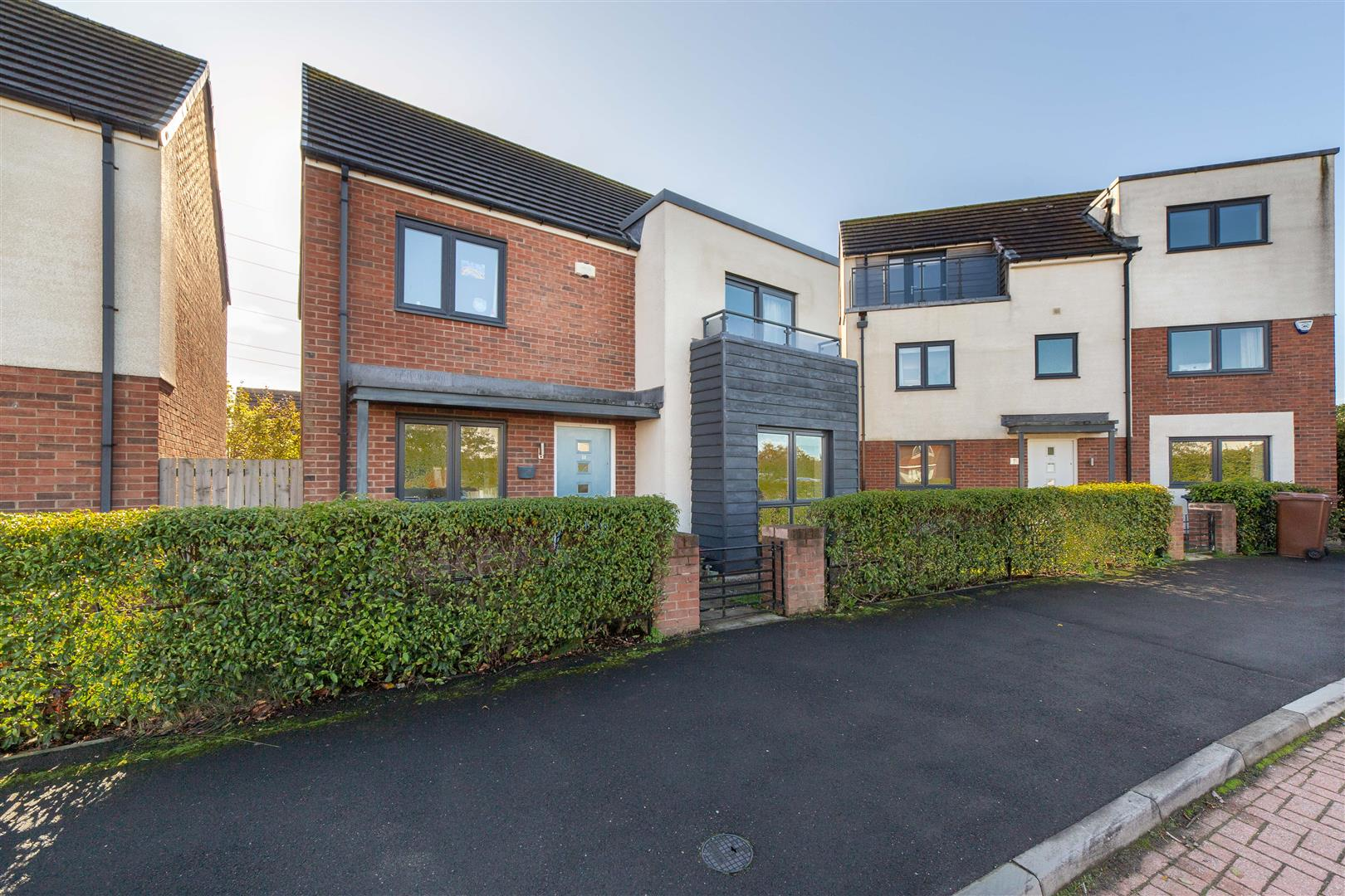 4 bed detached house for sale in Newcastle Upon Tyne, NE13 9BD - Property Image 1