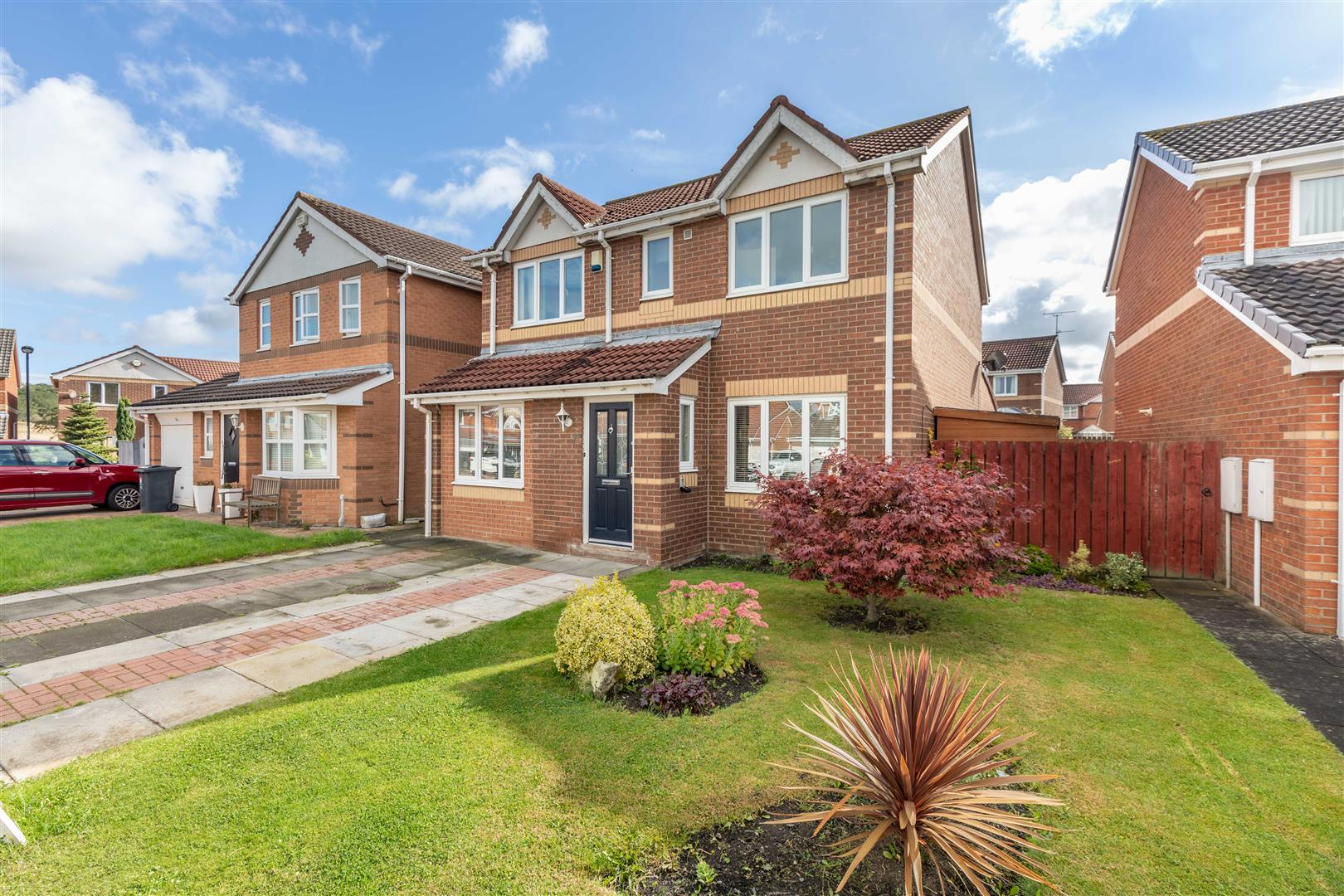 5 bed detached house for sale in Newcastle Upon Tyne, NE12 9DG - Property Image 1